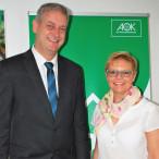 AOK-Direktor Frank Dünisch mit Sabine Dittmar, MdB