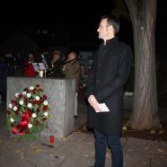 Stephan Kuserau, Stadtrat und stellv. SPD-Kreisvorsitzender bei seiner Rede zum Gedenken an die Reichspogromnacht